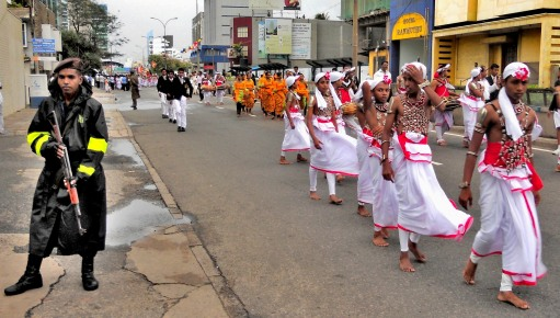 01-ceremonial-parade-colombo